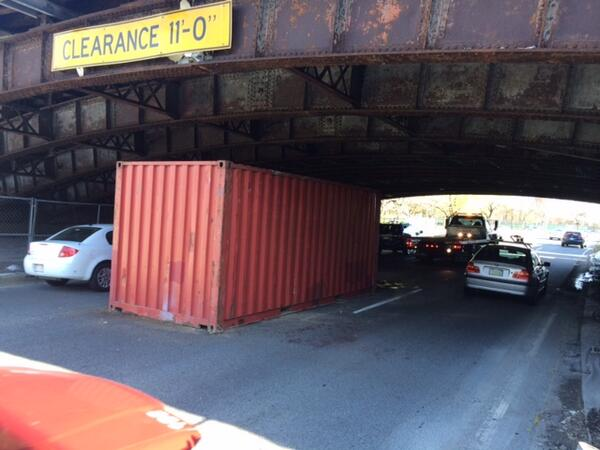 #MAtraffic: Storrow Drive EB- Truck struck Longfellow Bridge, lost container. Please remember height restrictions. http://t.co/0T5Fa2Bkhc