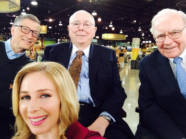 Hey @joesquawk check out this selfie!  @cnbc Buffett, Gates and Munger live on  SquawkCNBC now http://t.co/W5G4Po5oxr