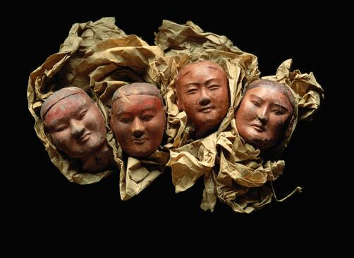 Clay heads from the tomb of Emperor Jingdi  (188–141 BC). Figures had moveable arms and clothing. Pic by Mazzatenta http://t.co/hXgGVe7ax6