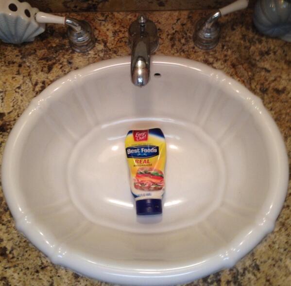 Happy sink-o-de-Mayo! http://t.co/ys48YGTTKJ