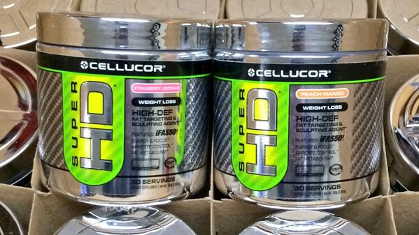 Who wants a FREE Cellucor Super HD powder?  RT this and we will pick a winner (or two) in 48 hours! #giveaway #teamcp http://t.co/2ttv44IP4m
