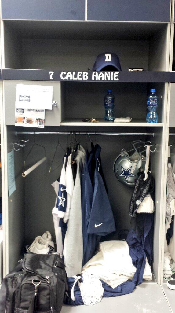 My new home....feels nice to be in Blue and Silver.  Now I just need a new avatar..lol http://t.co/ekDS9hz6Lg