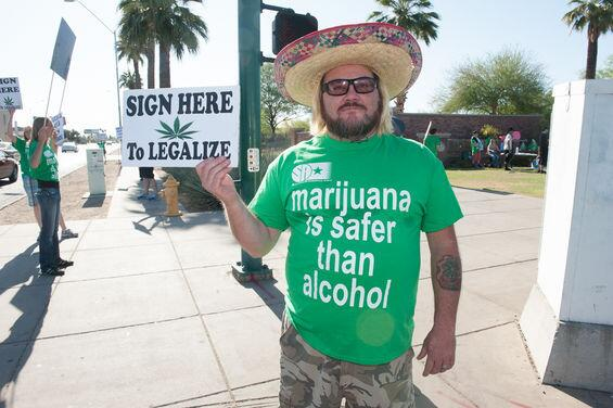 PHOTOS: The Annual Global Marijuana March in Phoenix http://t.co/U1bCWhmhcv http://t.co/kaTAWnswXB
