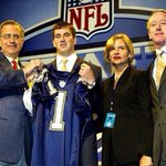 RT @Weatherford5: #TBT Lets join hands and thank dear baby Jesus this never happened! #NYG #GIANTS http://t.co/xFCxM4cOPk
