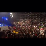 RT @those5b0ys: LA BANDERA DE ECUADOR EN EL TMHT❤️ #EcuadorNeedsWWAT @onedirection PLS GUYS http://t.co/DPO6bcLjI5