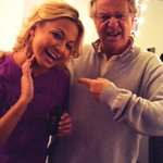 RT @MichelleDBeadle: Little pre show pine tar. With @jerryspringer http://t.co/CXZCWUK9mS