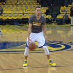 Steph Curry warming up now...tip in less than 2 hours...@kron4news http://t.co/cGfM4bUwkf