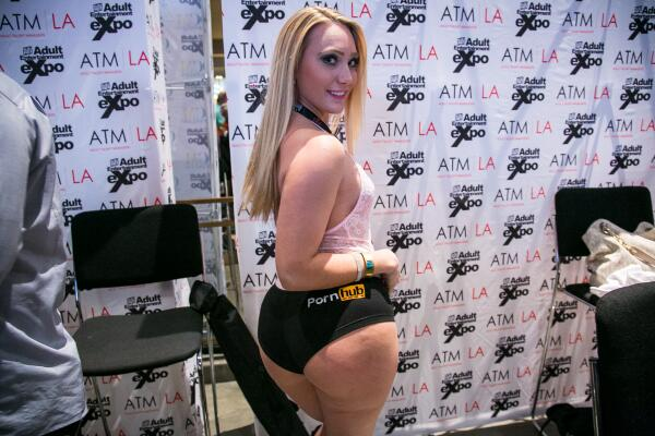 .@AJApplegateXXX rocking some Pornhub panties #PornhubSwag http://t.co/S1QGDRRQF7