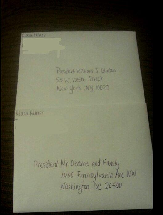 So kiara gettin grad. invitations ready & she done made some for Obama & Bill Clinton