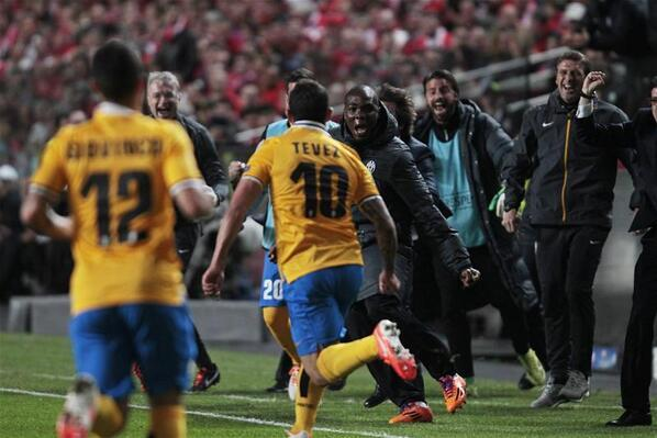 BmBAvP7CcAEpJoK Golazo! Juventus striker Carlos Tevez ends run of five years without a goal in European competitions [Vine]