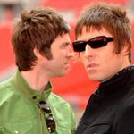 Bookies suspend bets on Oasis headlining Glastonbury after Liam Gallagher tweets http://t.co/DE9zlCwm9T http://t.co/ln4v8bH8J8