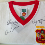 Win this signed 1957 FA Cup Final retro shirt. RT and follow to enter. Ends midday today. #CampoComp @ManUtd #MUFC http://t.co/TSMUs8BxKA