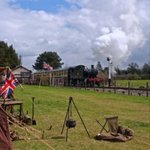 Wartime in The #Cotswolds returns this weekend. FREE PARKING at #Cheltenham Racecourse. http://t.co/nAlskXgGAh http://t.co/BlMlL86K0y