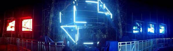 THE #INOROUT PARTY STAGE PREPARATION TOMORROW at Plaza Barat Senayan - 19.30 onwards! #NeverSayMaybe @mslideproject http://t.co/nYJcxgX2F8