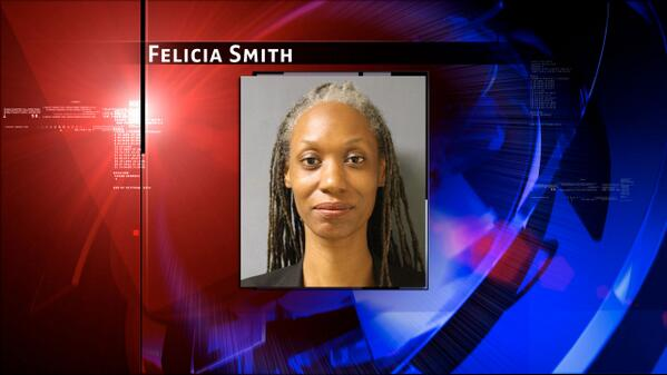 Teacher charged after she allegedly gave 15-year-old student lap dance on his birthday http://t.co/krZ8zxdwh2 #abc13 http://t.co/hqgUbUatVr