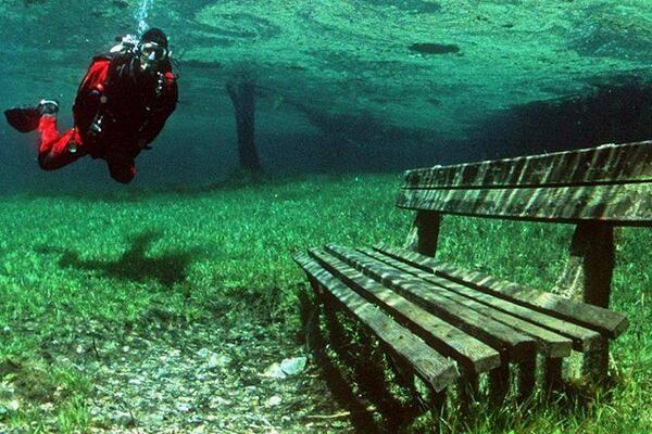 There is a place in Austria that is a dry park in the Winter, and a 10m deep lake in the summer. http://t.co/jbHMcanZ6l