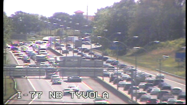 Heavy traffic on I-77 NB near Tyvola. Wreck blocking right lane near Nations Ford. http://t.co/cGKygvo29I