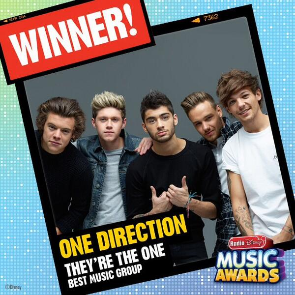 Congratulations to @onedirection for taking home the #ARDY for #TheyreTheOne at the #RDMAs http://t.co/74ErY4X2Ol