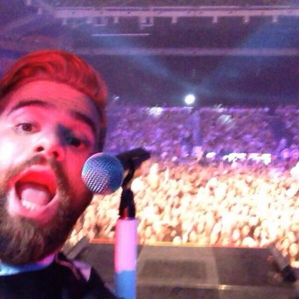 #theaceofheartstour #selfie http://t.co/JoZ2UPolmB