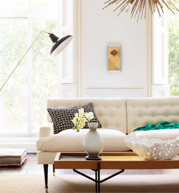 A #neutral living area. Use contrasting colours ie. black #cushions on white #interiors http://t.co/UMomuIL5fS