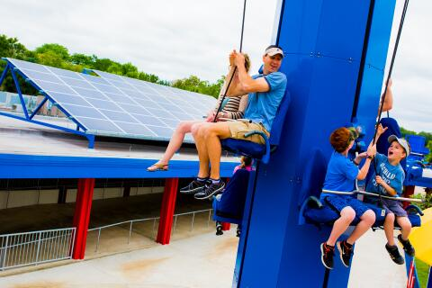 LEGOLAND Florida Becomes First Theme Park in U.S. to Run Completely on Renewable Energy http://t.co/DpW0SERkaB http://t.co/4jvirKgvqK