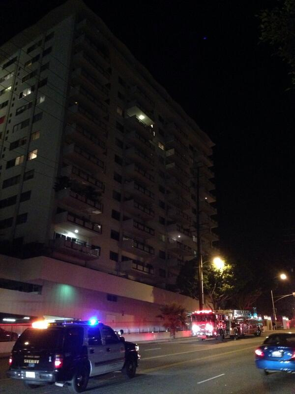 LACoFD on scene. RT @LAScanner: WEHO: LACoFD & friends enrte to report of smoke in the hall, 7th floor. @WehoDaily http://t.co/wOSrNnAod2