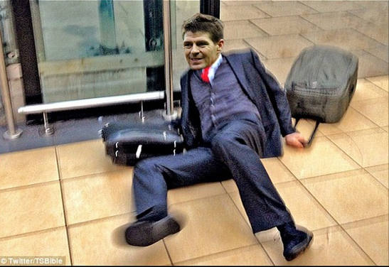 BmPYKxZCYAASImz Steven Gerrard slips Memes & Jokes flood the internet after Liverpool 0   Chelsea 2