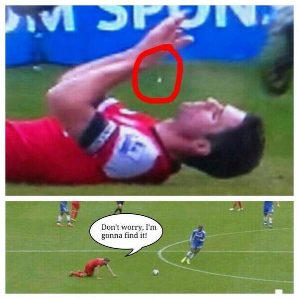 BmPew9iCAAABHq1 Steven Gerrard slips Memes & Jokes flood the internet after Liverpool 0   Chelsea 2