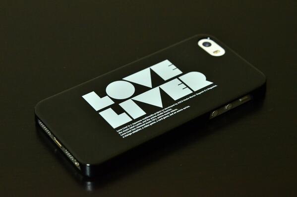 【おしらせ】ラブライバーiPhoneケースっていうの作ったので1,800円で購入できるようにしました、みなさんよろしくお願いします http://t.co/KCCkyR9mbt http://t.co/Fj8lCrwpX7