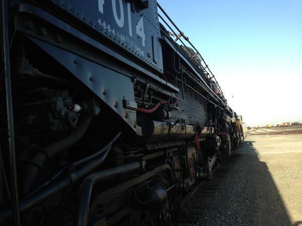 Getting ready for this morning's move of the Big Boy back to Cheyenne. See the schedule at http://t.co/C0KDvBFiF7. http://t.co/0yFC69D935