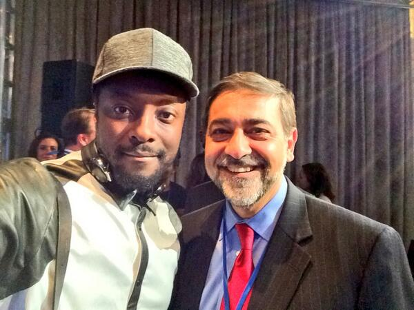 My first selfie! With musician and techie @iamwill. Let's see how many RTs I get @TheEllenShow :) http://t.co/j6peoc9nH3