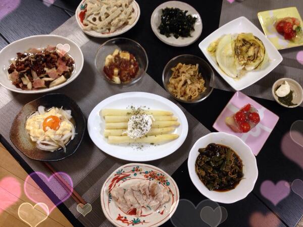 久しぶりのツィートになりました。  たくさん夕飯を作ってみんなで食べました~o(^_^)o   GWはひたすら料理を作ってストレス発散しよっ。 http://t.co/Qau18Z7aHJ