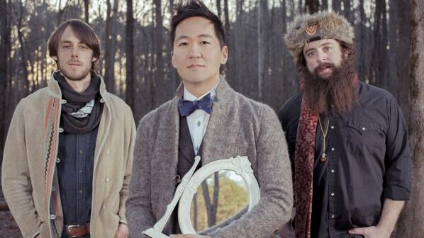 Eric Weiner (@thewildhoneypie): Make time in your day to listen to @Kishi_bashi's upcoming album, Lighght. http://t.co/yP1noRxu9b http://t.co/GgGnqKCUgD