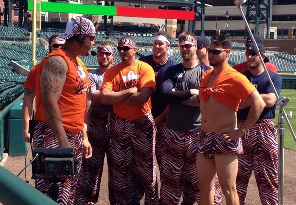 Introducing his teammates....Zubaz courtesy of Joba. Sanchez....I have no idea. #tigers #intentionaltalk http://t.co/DYIueLq31B