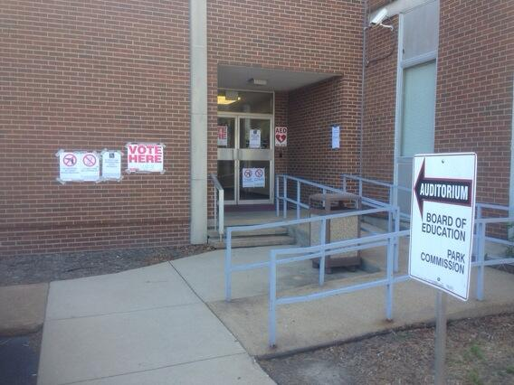 No lines. No waiting at pct 45-01 Board of education on Avery. Stop by on your way home! #shelby2014 http://t.co/Fi1yBXujEu