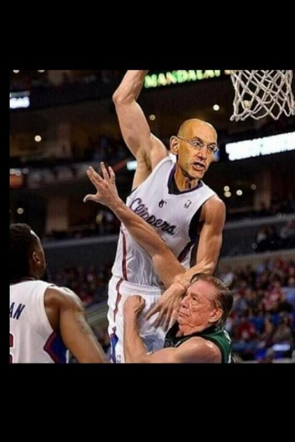 Photo of Adam Silver dunking on Donald Sterling. Might be photoshopped: https://t.co/kaTuOuM5GJ #NBA