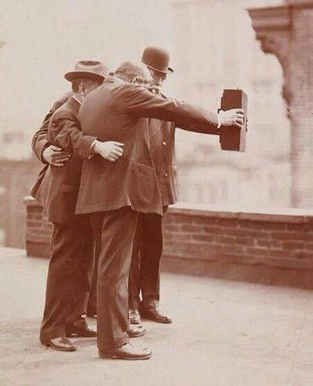 1920s selfie http://t.co/40y2NamTey