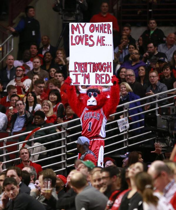 Benny the Bull responds to the Don Sterling controversy | AP Photo  http://t.co/ryNNRlZJg7 http://t.co/vD6xqXqNtu