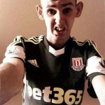 """""""@BBCSporf: FACT: Never let a Stoke City fan take a selfie. http://t.co/XP80IdmkMo"""" nooo I know this guy????????????"""
