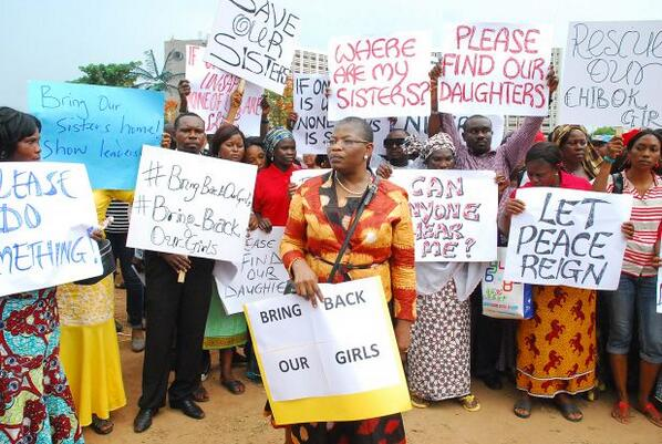 Nigerians demand greater action to #BringBackOurGirls: http://t.co/xERFUsoY2F http://t.co/BPQxPNqXbq