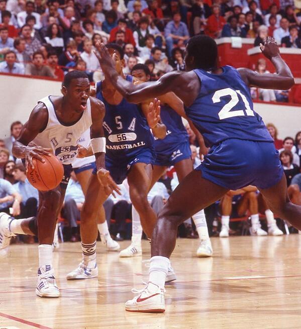 Always fun to see an old photo of Michael Jordan wearing Adidas: http://t.co/37JlsjXh5I