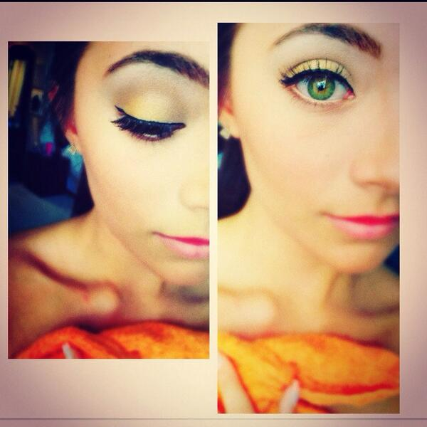 Eyeshadow today by me -Tay http://t.co/YL6V98aZME