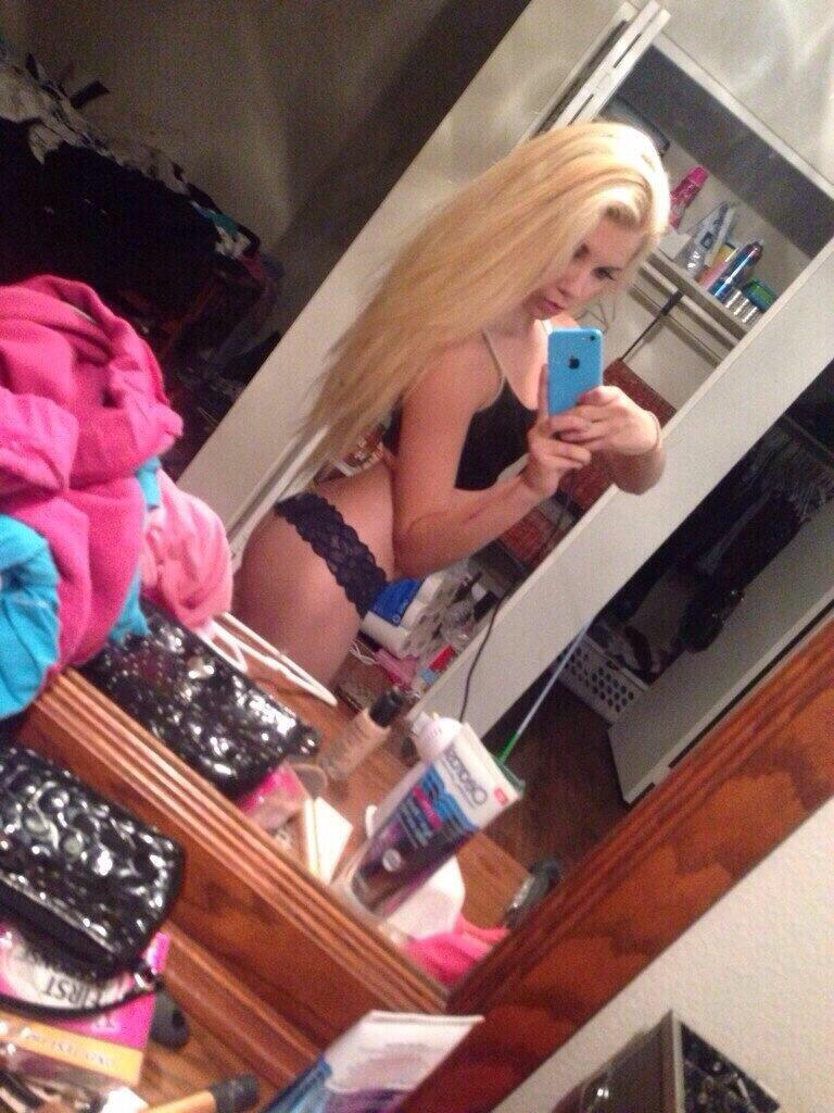 #WomanCrushWednesday #wcw @kateannababy ������ http://t.co/2zKrVNBQDc