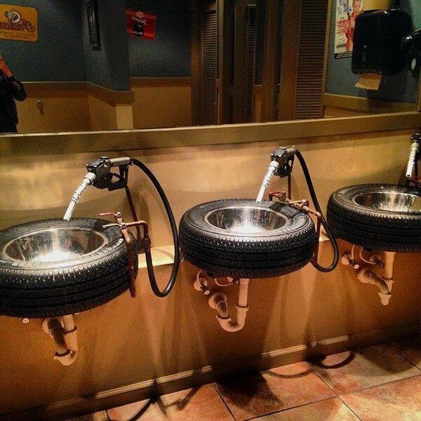 Best bathroom sinks, ever? Image via Kris Cromwell on FB http://t.co/KS7Uzfmc0D