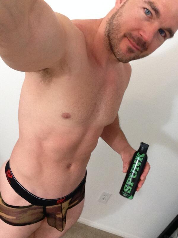 STR8cam Jeff (@str8cam): Follow @undiesboy & see his new site at http://t.co/3VjjJt6qgR. He is adding my SEXY CAMO UNDIES review & pics soon http://t.co/yTEt9xfWj4
