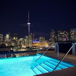 RT @BiIlionairesX: Swimming on top of #Toronto. ` http://t.co/yXQHm2UZme