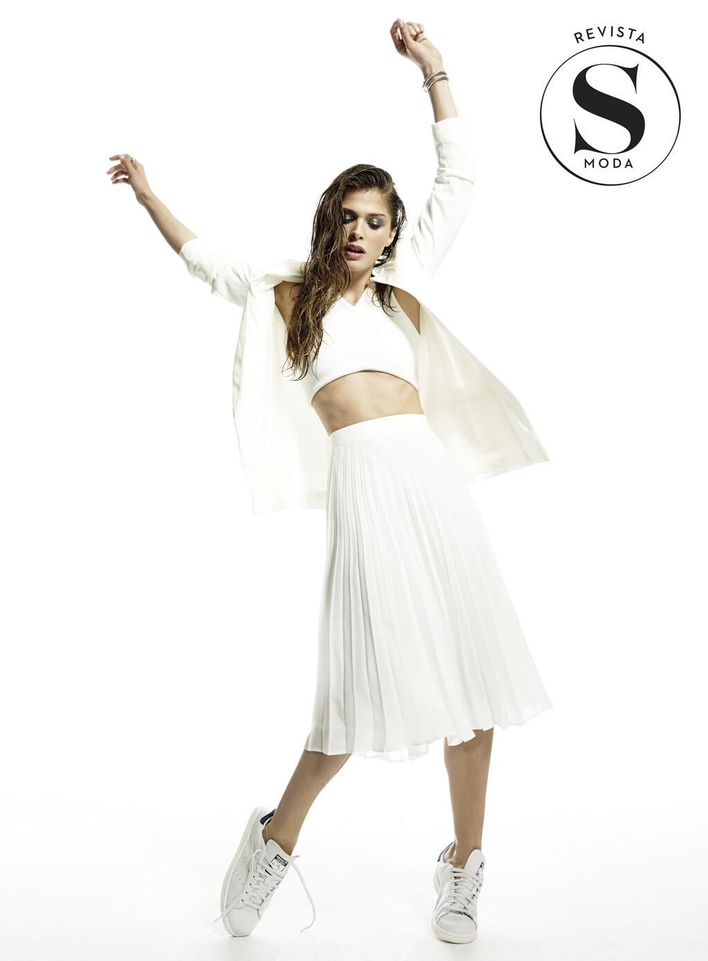 Mañana en S Moda fotografiamos todas las tendencias de la temporada de la mano de la top Elisa Sednaoui http://t.co/HemvvNXnj7
