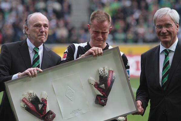 BmuHfFBIQAAhppX Next Barcelona keeper Marc Andre ter Stegen cried during goodbye at Gladbach [Pictures & video]