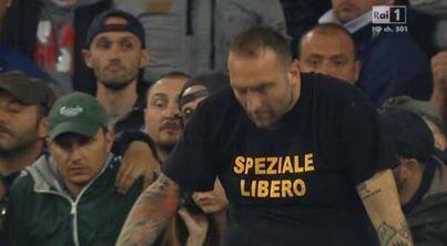 Europee 2014, nei sondaggi cresce la popolarità dell'Ultras del Napoli che scavalca Renzi e Beppe Grillo. http://t.co/o6IFwe0e5g