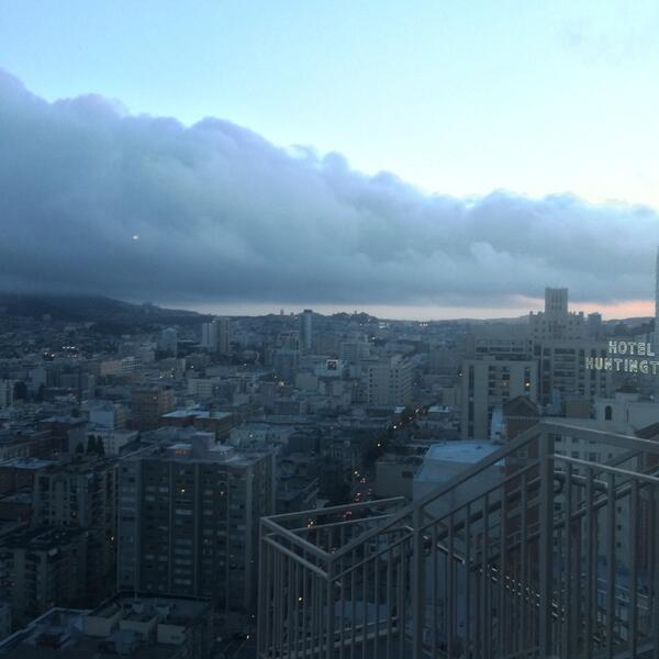 and @KarlTheFog descends upon the city http://t.co/DhmwxB93xu